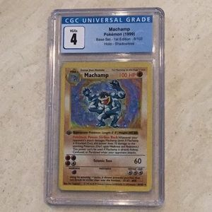 Machamp Shadowless 1st Edition Pokémon 8/102 CGC 4